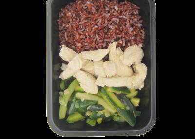 riso rosso straccetti tacchino e zucchine